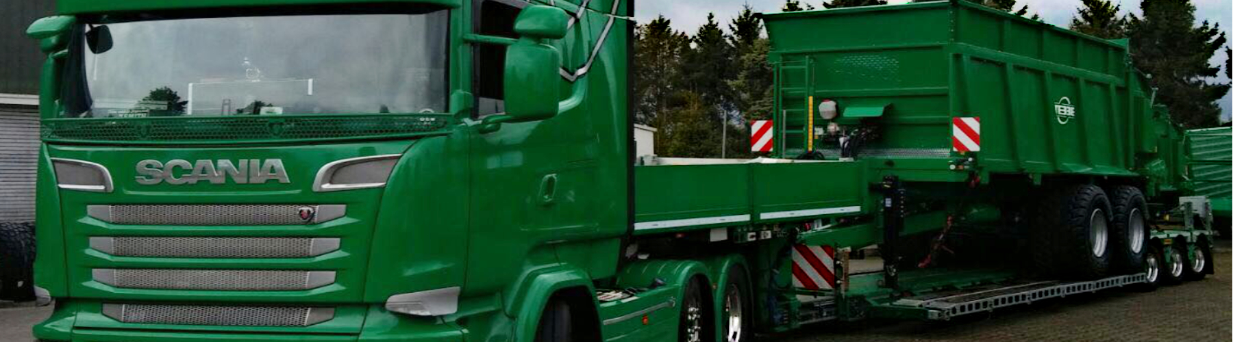 Spezialtransporte_18000x5000
